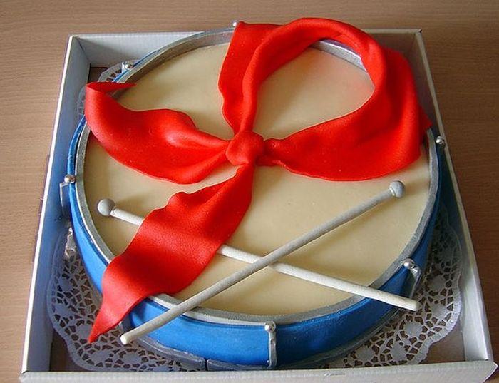 Креативные и необычные торты (57 фото)
