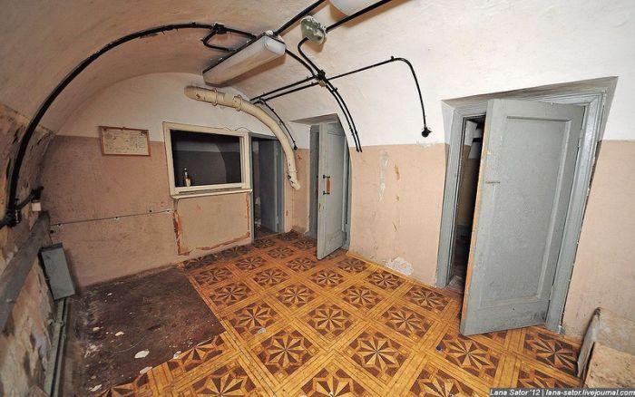 Бомбоубежища, сохранившиеся до наших дней (39 фото)