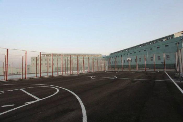Необычная женская тюрьма в Грузии (14 фото)