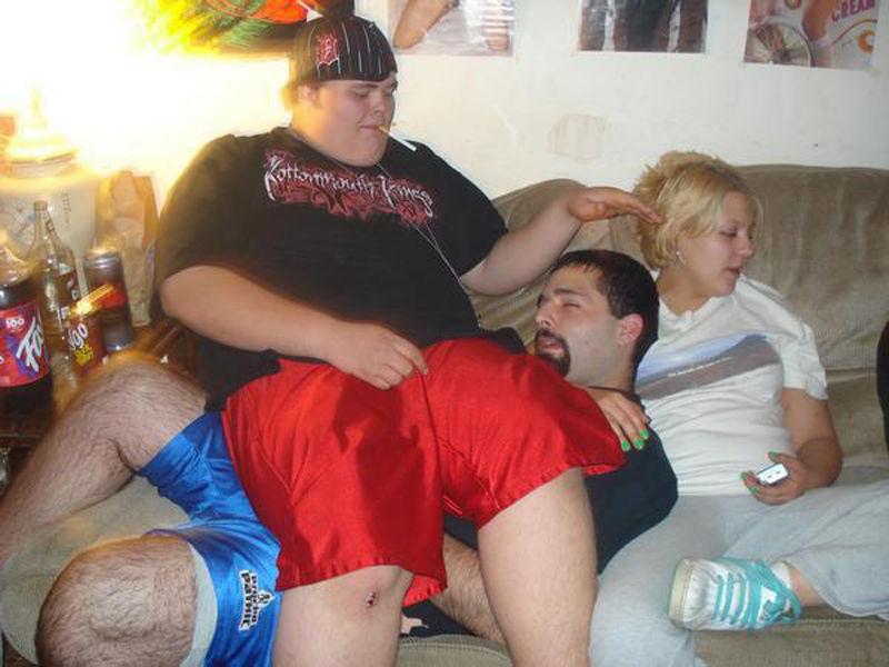 Трое мужиков и одна пьяная нами
