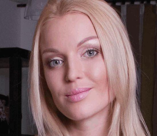 Волочкова без грамма макияжа (4 фото)