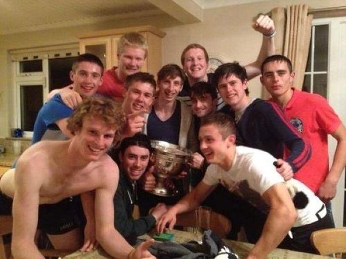 Отрыв Гарри Поттера с футбольной командой Ирландии (5 фото)