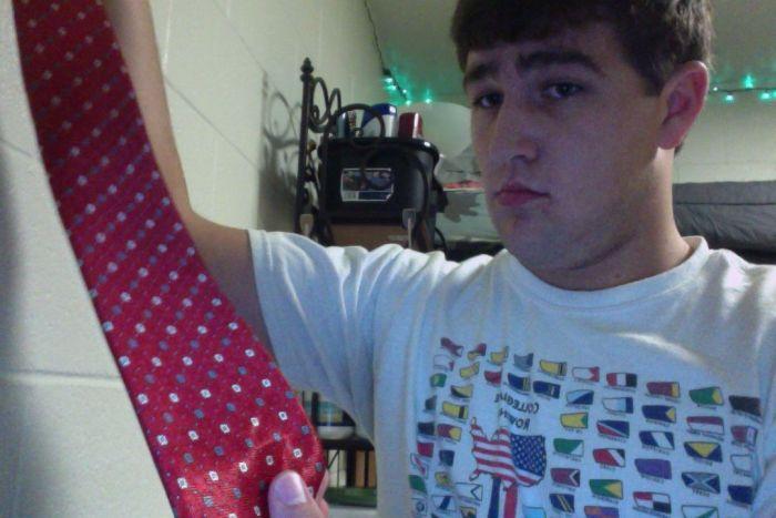 Очень необычный итальянский галстук (3 фото)