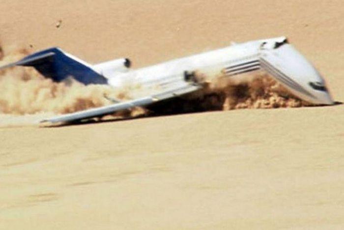 Уникальные снимки посадки самолета без пилота