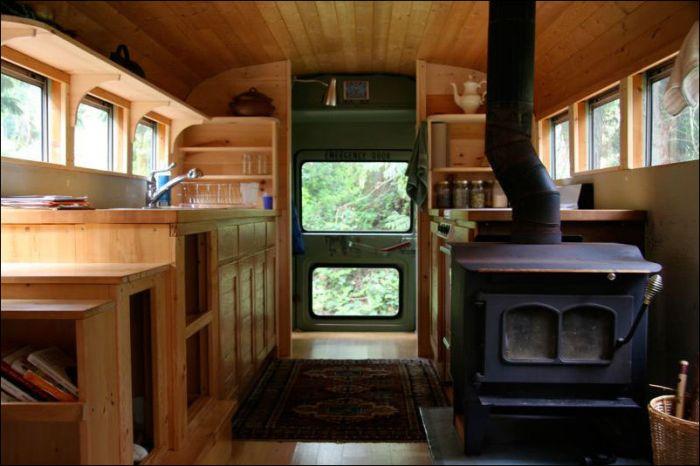 Самодельный дом на колесах