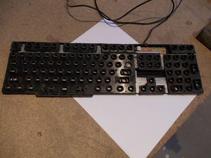 Креативный моддинг старой клавиатуры под 19 век