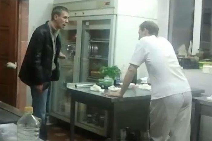 Алексей Панин устроил скандал (6 фото + видео)