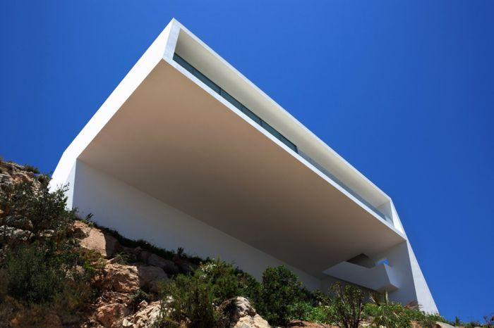 Удивительный дом с необычным дизайном