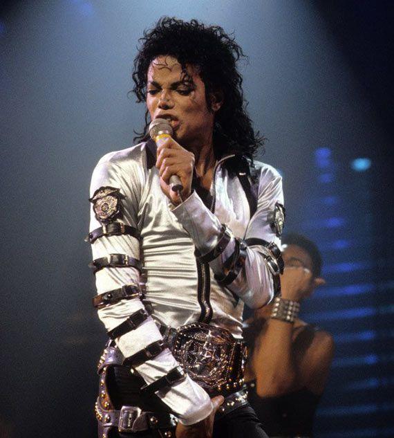 Изменения Майкла Джексона с годами