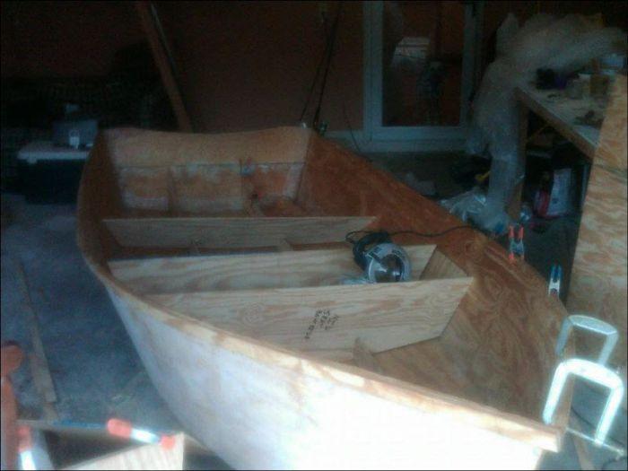 Классная самодельная лодка