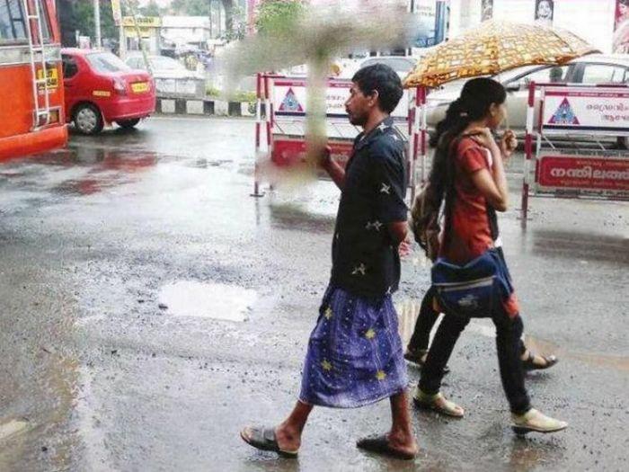 Прикольный зонтик (2 фото)