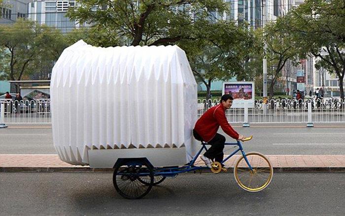 Полноценная квартира на багажнике велосипеда