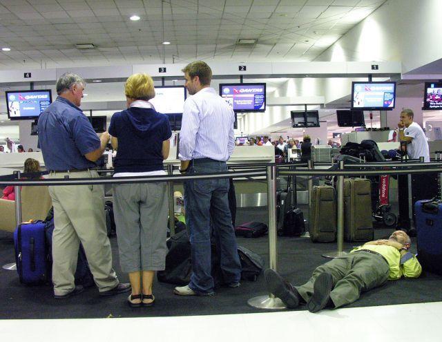 Спящие в аэропортах
