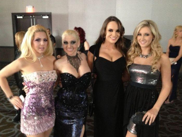 Девушки на церемонии AVN Awards 2013 (19 фото)