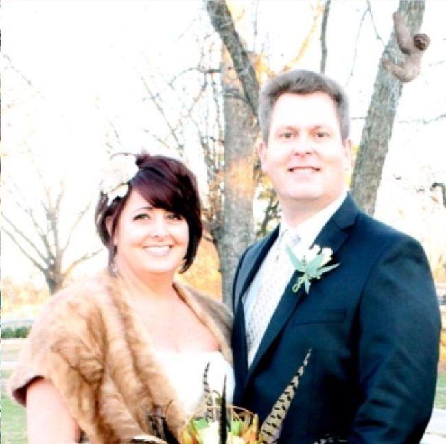 Дочка троллит свадебные фотографии родителей