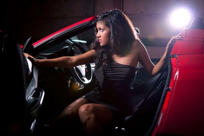Отличная подборка шикарных девушек и автомобилей