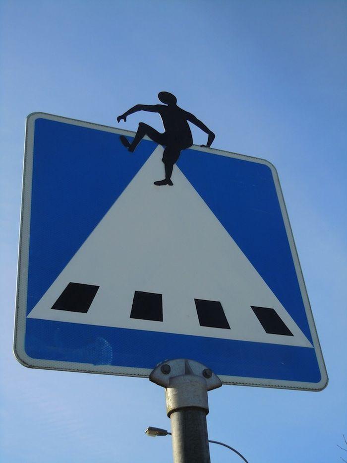Знак пешеходный переход смешные картинки