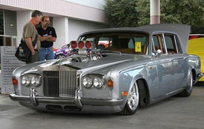 Прокачанный Rolls-Royce с для драгрейсеров