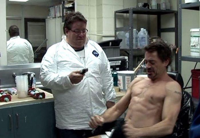 Как гримеры вставили реактор в грудь Тони Старка