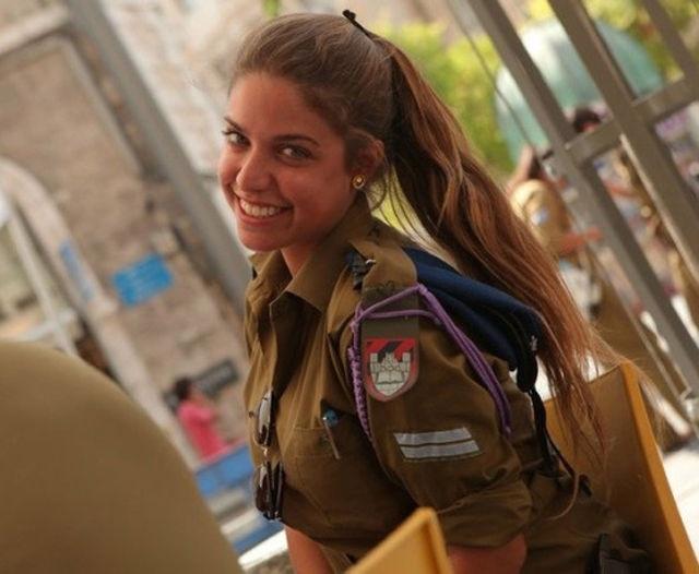 Девушки из армии Израиля
