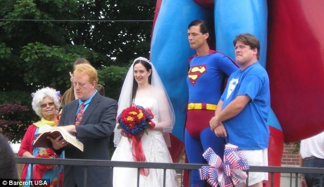 Супермен ради хобби бросил жену