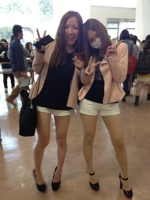 Новая мода среди японских студентов - носить одинаковую одежду