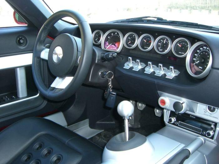 Самые крутые и креативные приборные панели автомобилей
