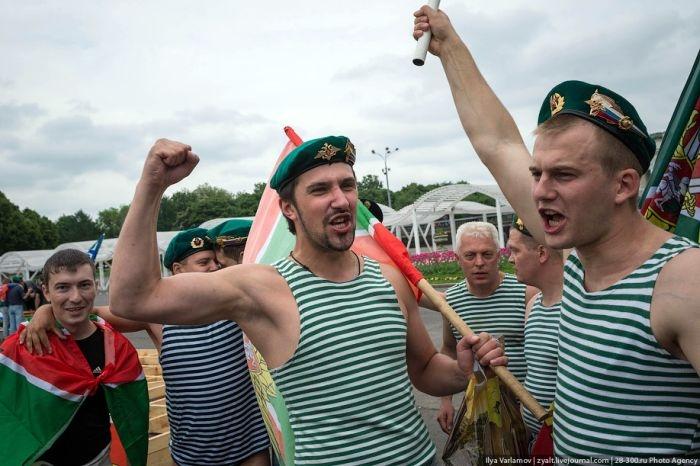 Как отметили День пограничника в России, 2013