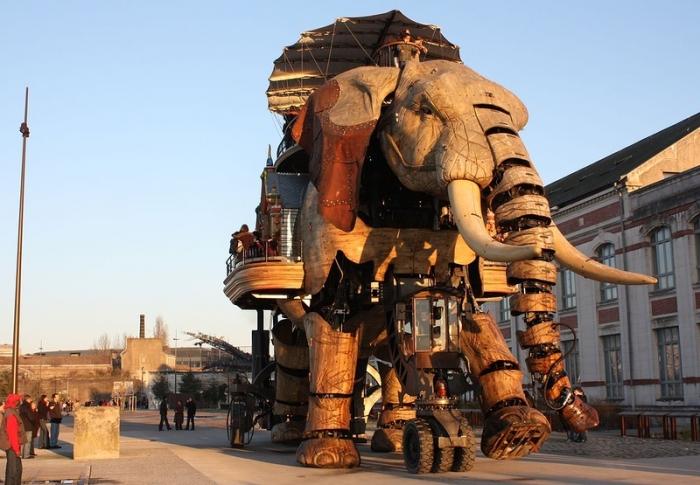 Во Франции открылся уникальный парк механических животных