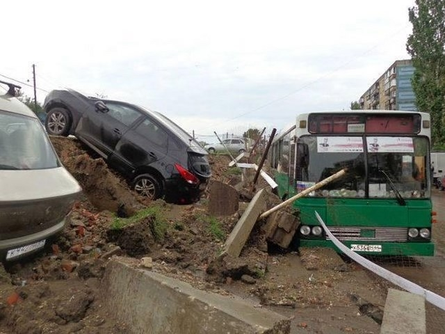 Саратов затопило из-за неисправной ливневой канализации