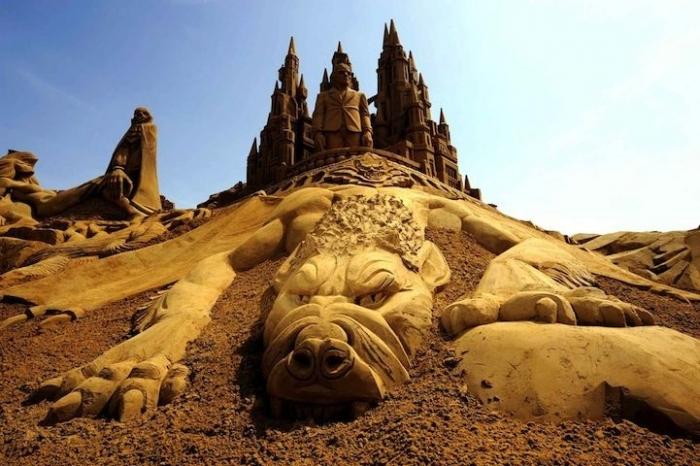 Самый крупный в мире фестиваль песчаных скульптур в Бельгии