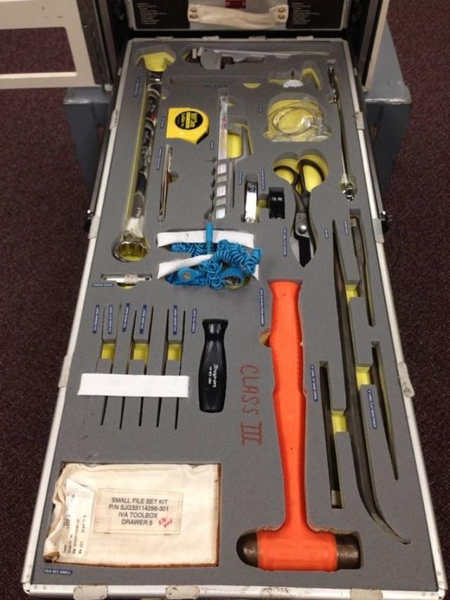 Набор инструментов для МКС