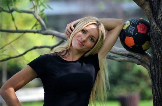Сексуальный тренер футбольной команды