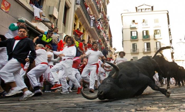 Забег быков в Памплоне