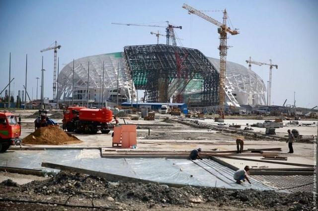 Строительство Олимпийского стадиона в Сочи