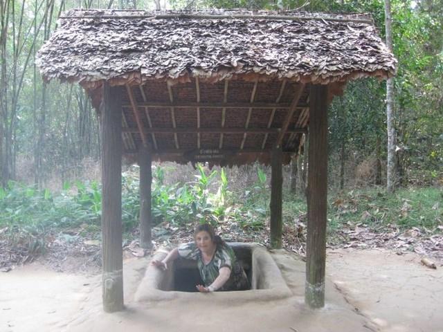 Фотоэкскурсия по партизанским подземным тоннелям во Вьетнаме