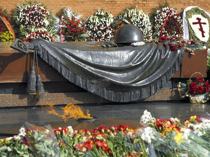 Памятники неизвестному солдату в разных странах мира