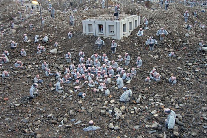 Миниатюрный город в руинах