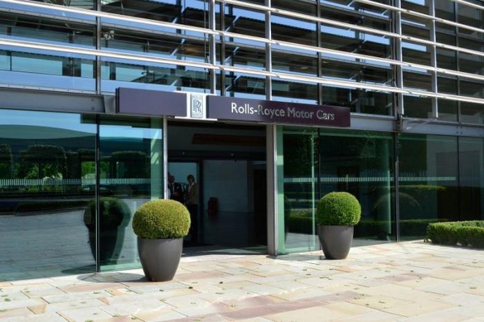 Фото экскурсия на завод Rolls-Royce