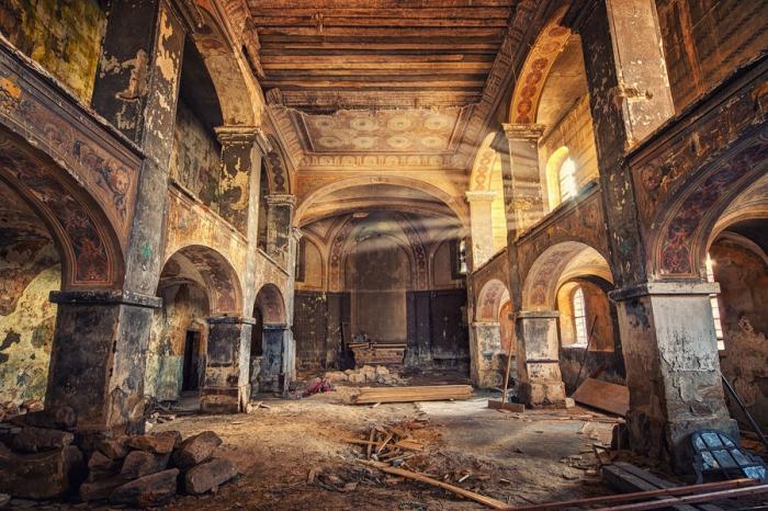 Фотографии заброшенных зданий