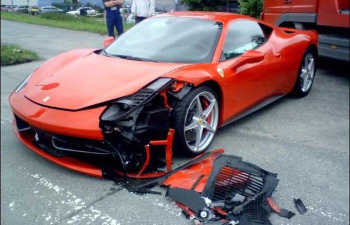 Ferrari после аварий
