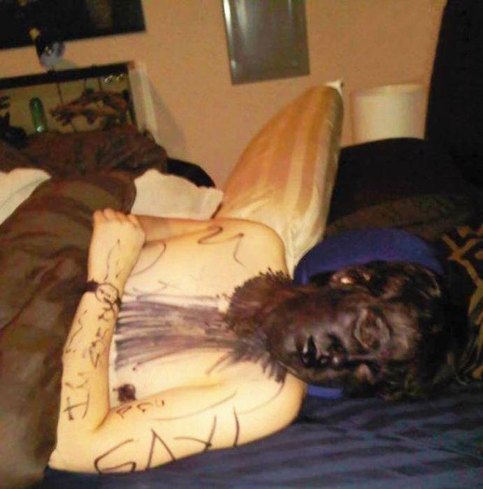 приколы над пьяными спящими девушками