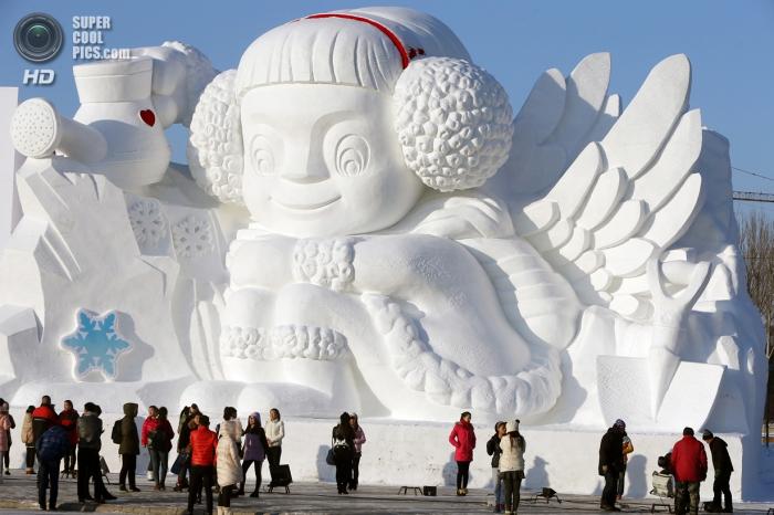 Невероятные снежные скульптуры