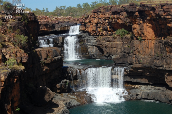 Каскадный водопад Митчелл