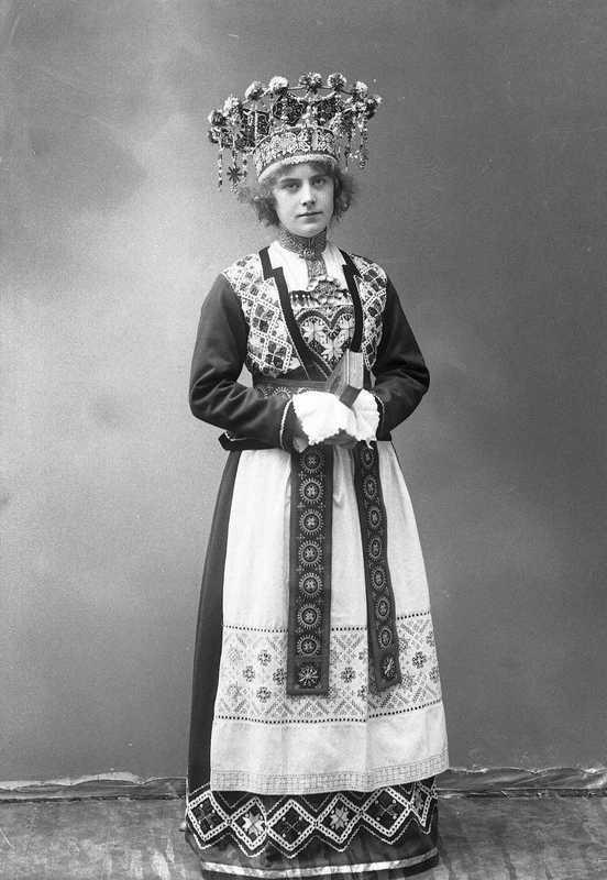 Наряды норвежских невест