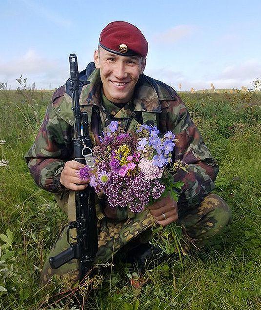 Герой России сержант Евгений Эпов