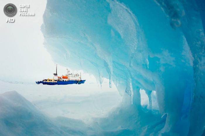 Спасательная операция в Антарктиде