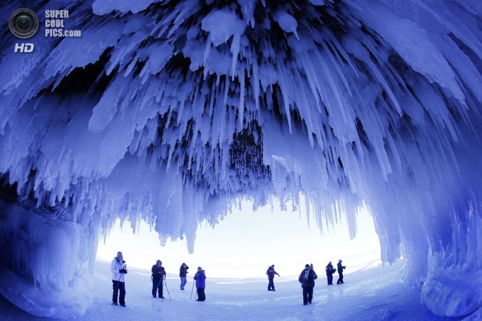 Ледяные пещеры Апосл-Айлендс
