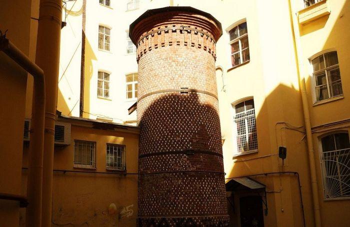тайна Башни Грифонов в Санкт-Петербурге