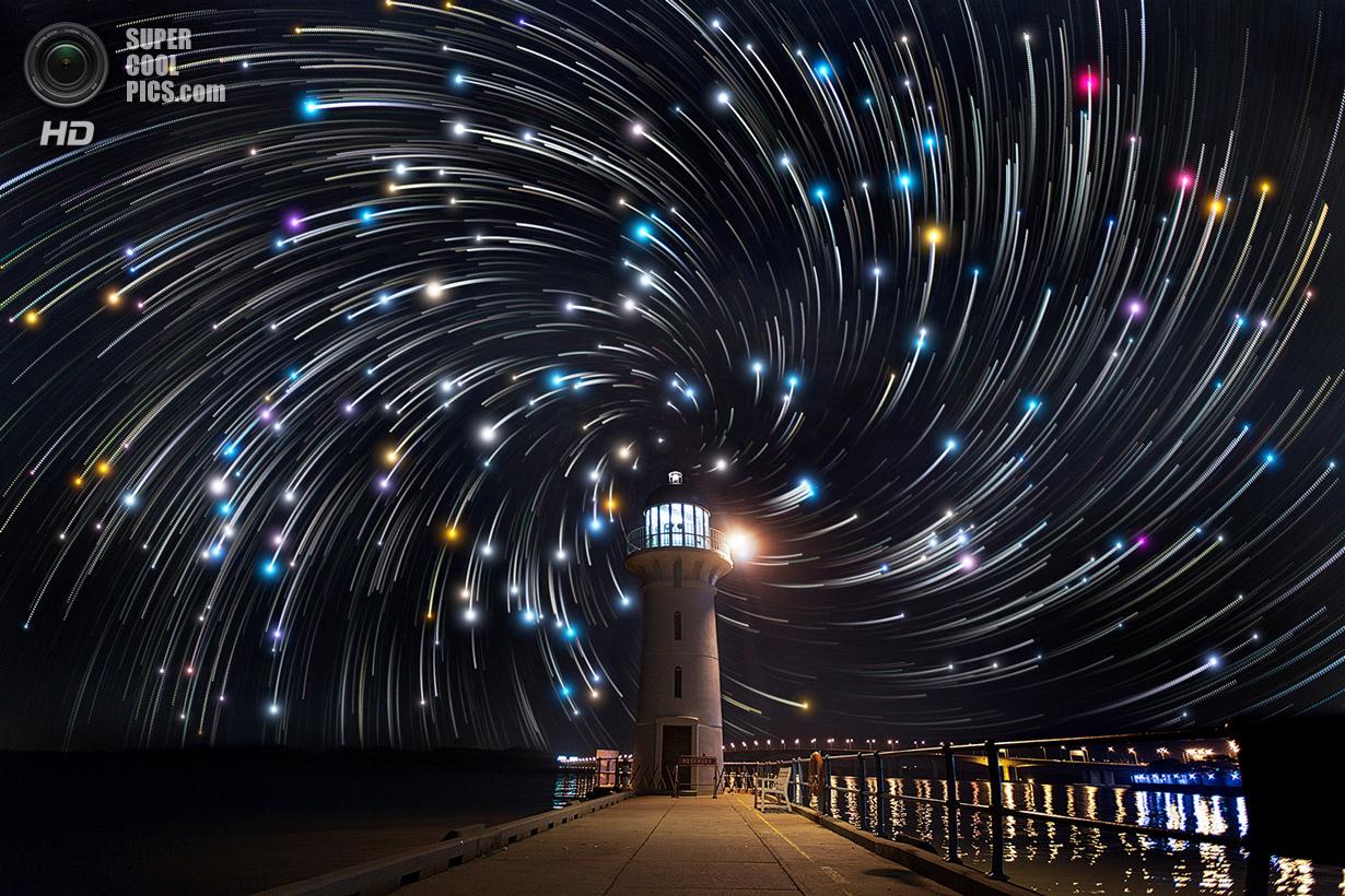 люди вторгаются ночная фотосъемка звезд довольны, радостью бегут